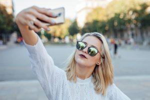 Are Selfies Hurting Your Self-Esteem? MI Self-Esteem Counseling